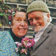 Compo & Nora with Pink flowers